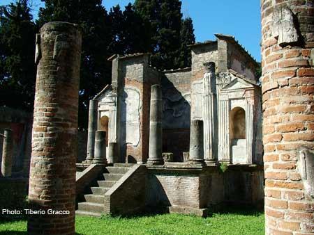 Pompeii: Temple of Isis